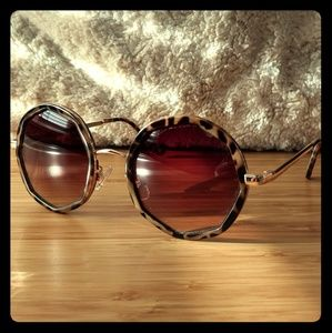 Round Octogan Detail Sunglasses